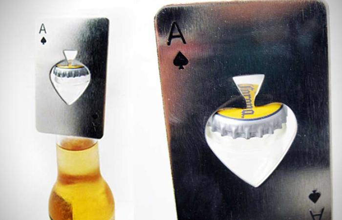 21. Abrebotellas casino ace card