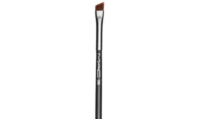 cepillo angular - brochas para maquillaje