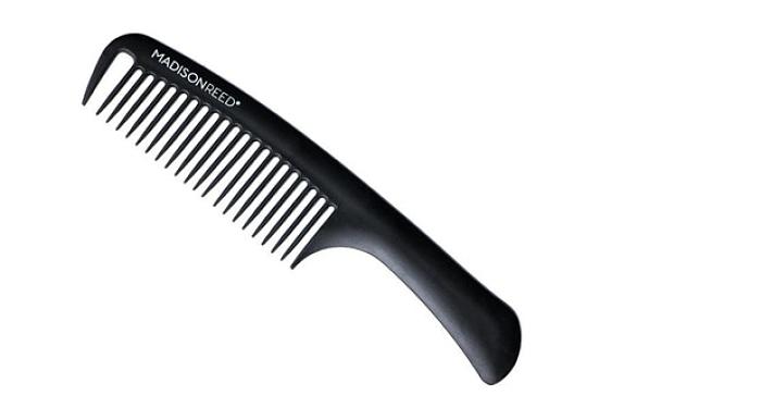 peine de dientes anchos para pintar el cabello