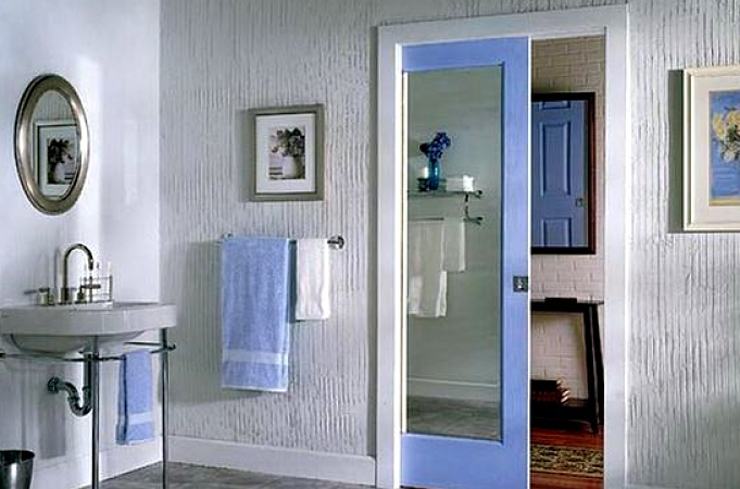 Puertas De Aluminio 5 Beneficios Que Ofrecen Para El Cuarto De Baño