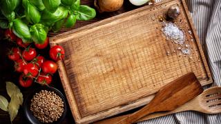tabla de madera para picar alimentos